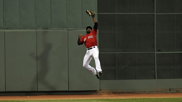 Red Sox Academy: Jackie Bradley Jr. Shows How To Catch Fly Balls