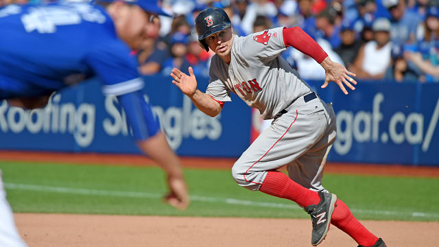 Red Sox Academy: Brock Holt Teaches You How To Take A Lead From First Base