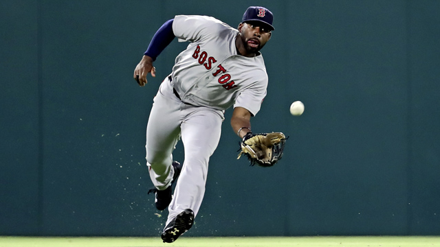 Red Sox Academy: Jackie Bradley Jr. Breaks Down Proper Outfield Footwork