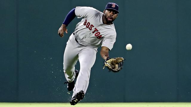 Red Sox Academy: Jackie Bradley Jr. Breaks Down Proper Outfield Footwork